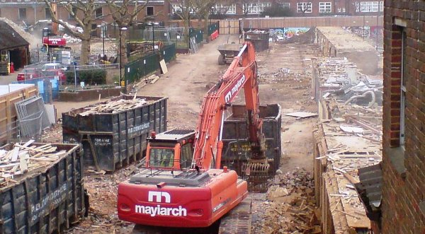Maylarch Excavator at work on Wornington Green site